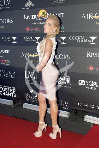 Lorena Herrera de Cocktail ¡y figura!