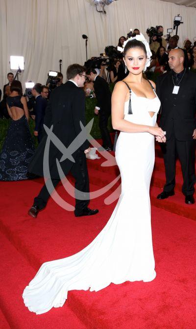Selena en MET