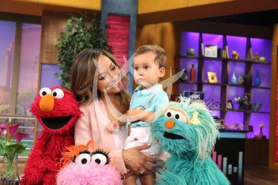Satcha Pretto con hijo Brucie en Sesame
