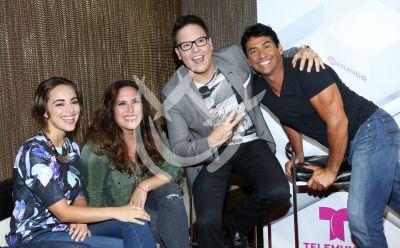 Raúl, María Elisa, Gabriel y Angélica animan Tu Mundo
