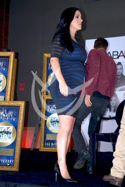 Lidia embarazada con OV7 y Kabah