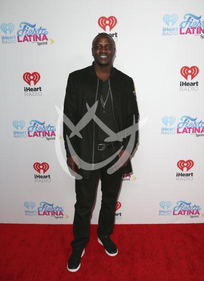 Akon, las chicas Orange y más con iHeart