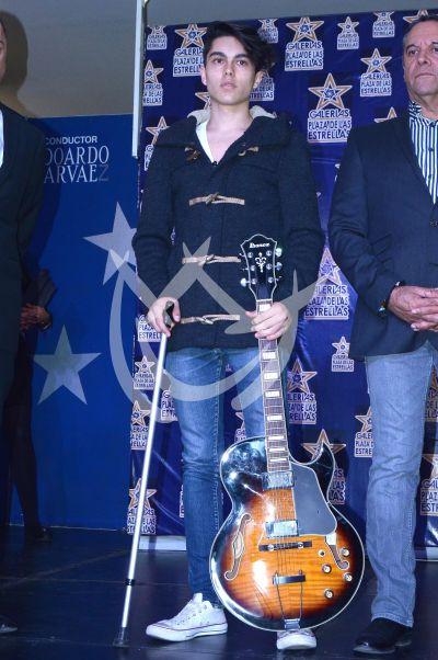 Sergio Mayer e hijo dejan Huella