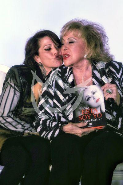 Alejandra y mamá Silvia