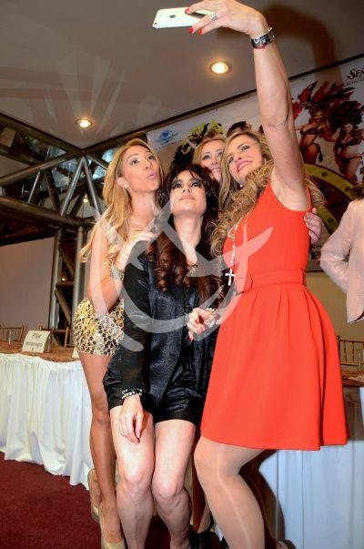 Aura Cristina y más ¡selfies!
