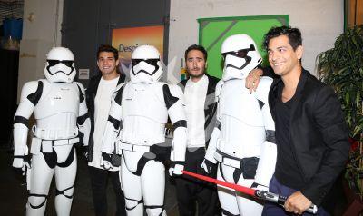 Reik en la Banda con Storm Troopers