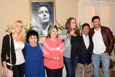 Silvia Eugenia recuerda a mamá Derbez