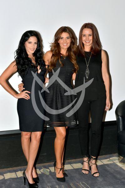 Ximena, Mayrín y Alejandra de negro