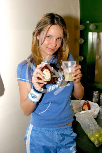 Belinda Tour 2002