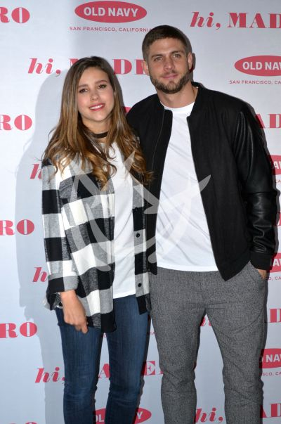 Paulina Goto y Horacio Pancheri visten Old Navy