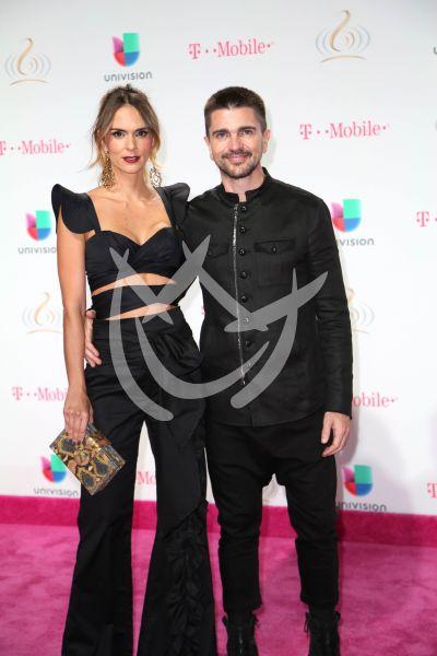 Juanes y Karen en PLN