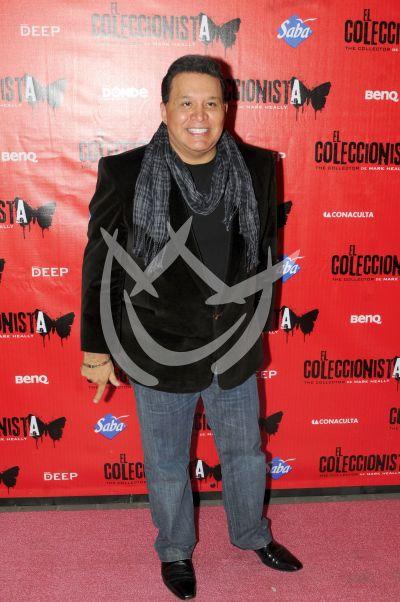 Tony Flores con el Coleccionista