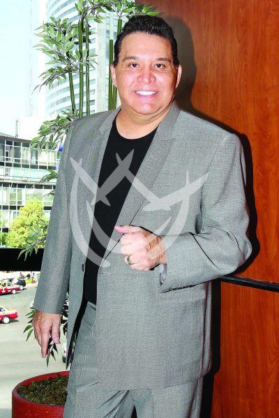 Tony Flores muere a los 67