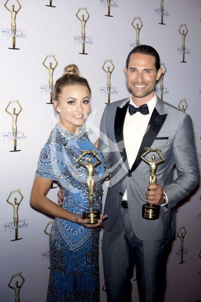 Angelique Boyer y Sebastián Rulli ganadores de TVyNovelas