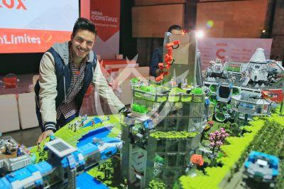 Vadhir Derbez es un Mega constructor