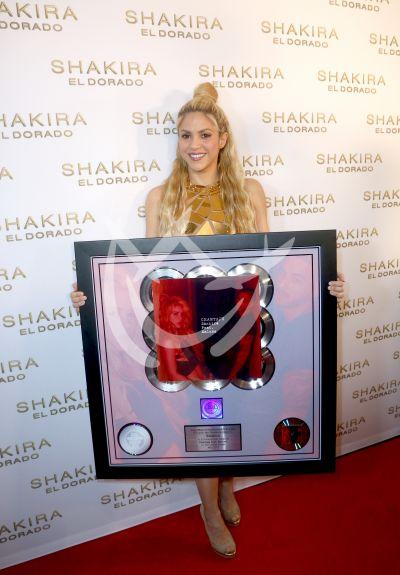 Shakira celebra Chantaje