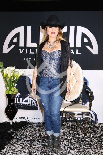 Alicia Villarreal vuelve a música porque hace lo que Quiere