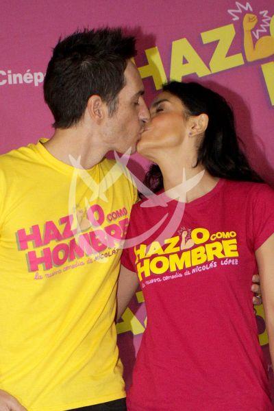 Mauricio Ochmann y Aislinn Derbez en Házlo como Hombre