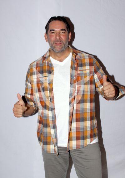 Eduardo Santamarina en Sin tu Mirada