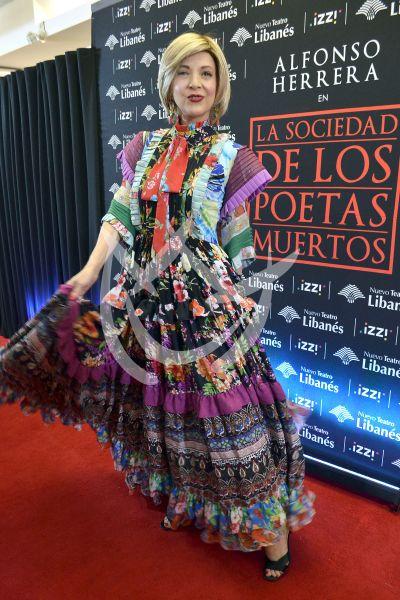 Edith González, Diego Luna y más con los Poetas Muertos