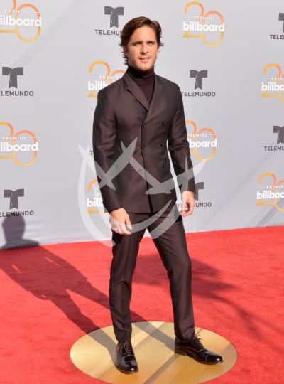 Diego Boneta, Luis Fonsi y más en Billboard