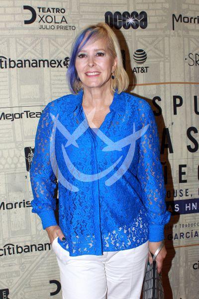 Margarita Gralia con Muñecas