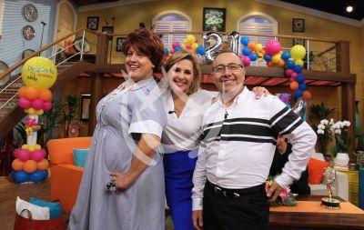 Anita, Raúl y Arau regresan para celebrar