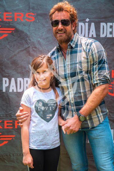 Gabriel Soto e hija Elisa Marie y más celebran a papá
