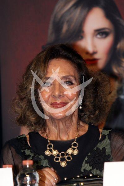 Lorena Velázquez es Arpía