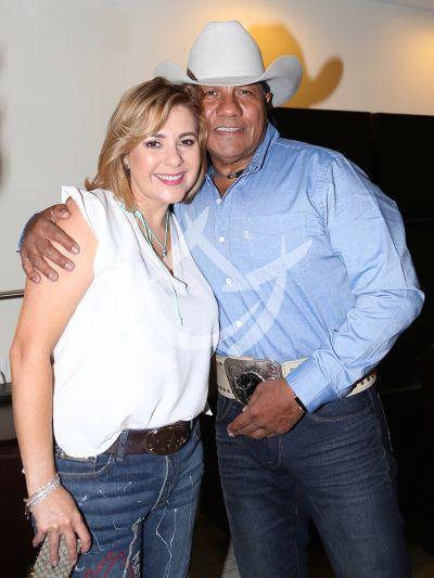 Ana María Canseco y Bronco