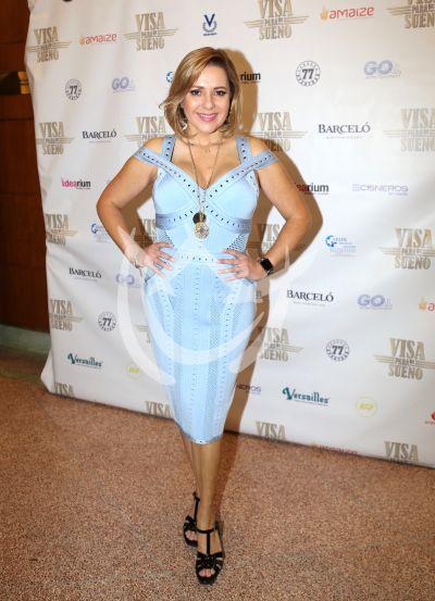 Ana María Canseco con Visa