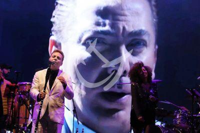 Cristian Castro le canta a Juanga en Pachuca