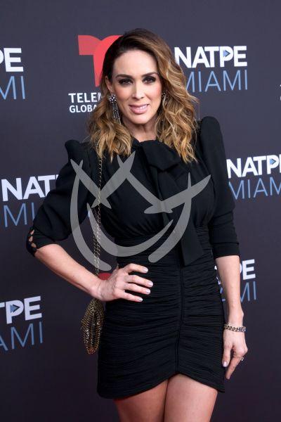 Jacqueline Bracamontes y más bellas y galanes en el Natpe 2019