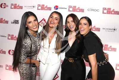 Clarissa Molina entre amigas con Qué Léon