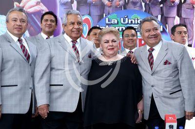 La Sonora Santanera y Paquita la del Barrio se unen
