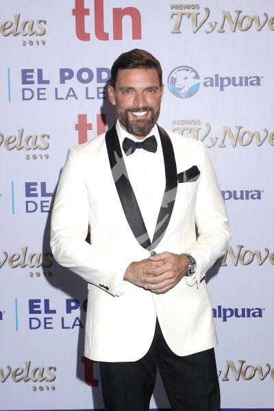 Julián Gil y más en Premios TvyNovelas 2019