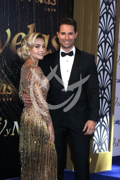 Angelique Boyer y Sebastián Rulli en Premios TvyNovelas 2019