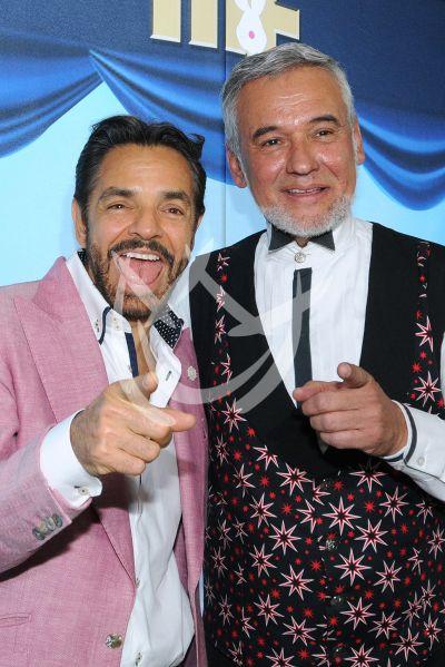 Eugenio Derbez de oro con el Mago Frank
