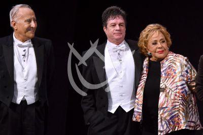 Silvia Pinal con Los Mosqueteros del Rey
