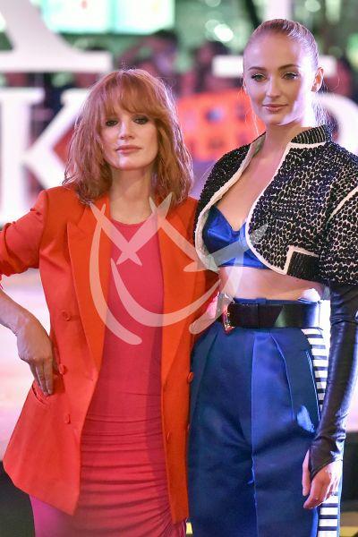 Sophie Turner y Jessica Chastain en Mx por los fans de X Men