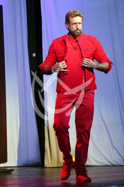 Gabriel Soto con Homofobia