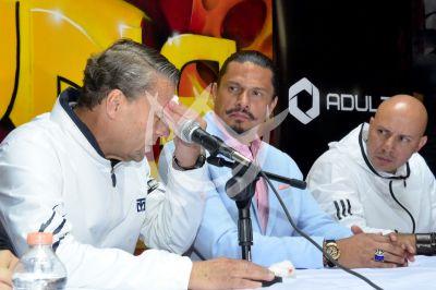 Alfredo Adame cortada
