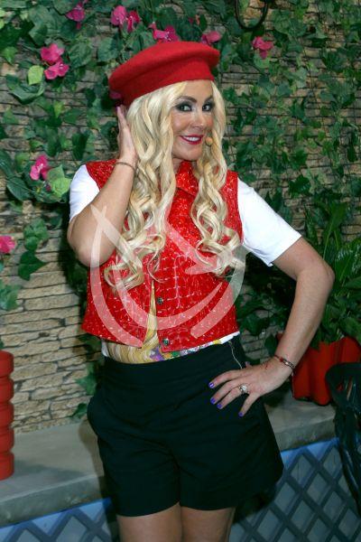 Roxana Castellanos pelea por la Querida Herencia