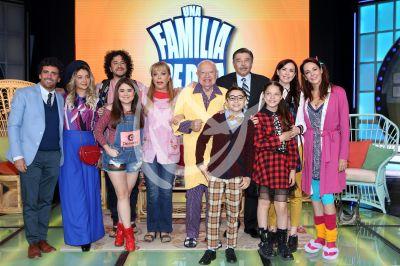 Una Familia de 10, elenco