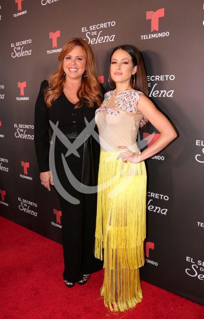 María Celeste y Sofía Lamas con Selena