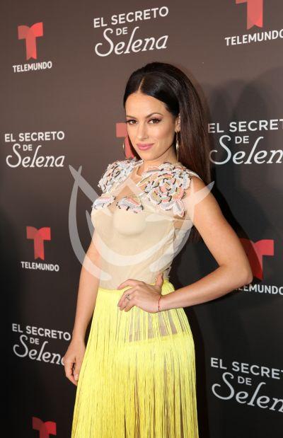Sofía Lamas con Selena