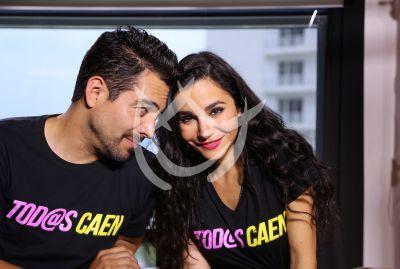 Omar Chaparro y Martha Higareda en Tod@s Caen