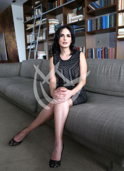 Ximena Herrera y más en El Dragón