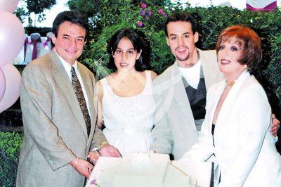 José José en familia 1997
