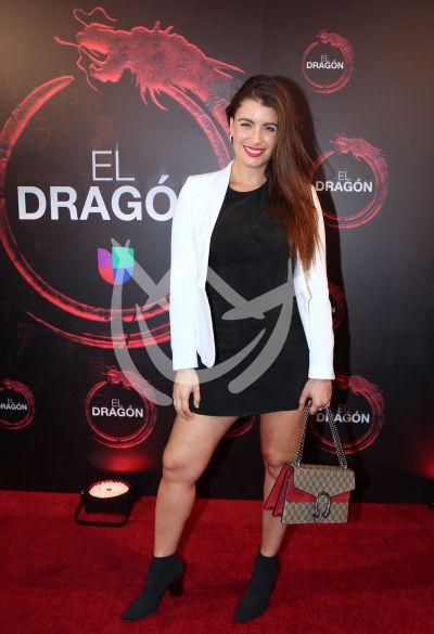 Natasha Domínguez con El Dragón